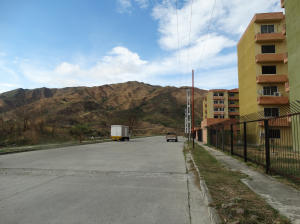 Terreno En Venta En Municipio San Diego, Monteserino, Venezuela, VE RAH: 17-3790