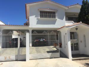 Casa En Venta En Valencia, Prebo I, Venezuela, VE RAH: 17-3763
