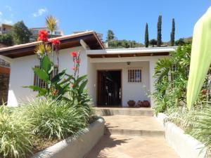 Casa En Venta En Caracas, Alto Prado, Venezuela, VE RAH: 17-3764