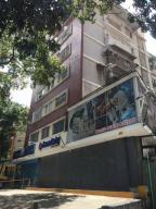 Apartamento En Venta En Caracas, Colinas De Bello Monte, Venezuela, VE RAH: 17-4321