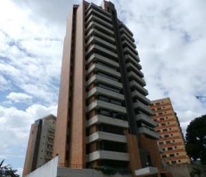 Apartamento En Venta En Valencia, La Trigaleña, Venezuela, VE RAH: 17-3775