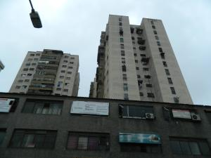 Oficina En Alquiler En Los Teques, Municipio Guaicaipuro, Venezuela, VE RAH: 17-3800