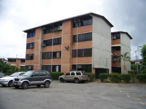 Apartamento En Venta En Guarenas, Terrazas Del Este, Venezuela, VE RAH: 17-3865