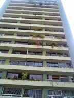 Apartamento En Venta En Caracas, Santa Fe Norte, Venezuela, VE RAH: 17-3816