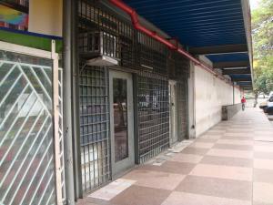 Local Comercial En Venta En Caracas, El Paraiso, Venezuela, VE RAH: 17-3819
