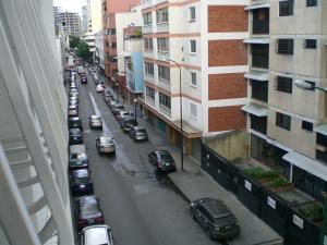 Apartamento En Venta En Caracas, Chacao, Venezuela, VE RAH: 17-3822