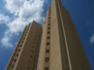Apartamento En Ventaen Maracaibo, Calle 72, Venezuela, VE RAH: 17-3858