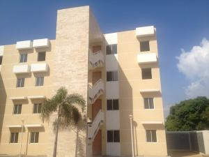 Apartamento En Venta En Maracaibo, Pueblo Nuevo, Venezuela, VE RAH: 17-3916