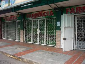 Local Comercial En Venta En Valencia, Avenida Las Ferias, Venezuela, VE RAH: 17-3911