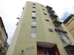 Apartamento En Venta En Caracas, Colinas De Bello Monte, Venezuela, VE RAH: 17-3931