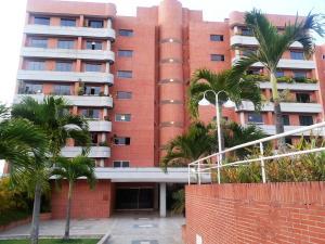 Apartamento En Venta En Caracas, Lomas Del Sol, Venezuela, VE RAH: 17-3963