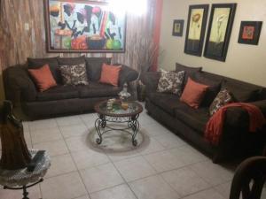 Apartamento En Venta En Maracaibo, Club Hipico, Venezuela, VE RAH: 17-3939
