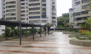 Apartamento En Alquiler En Caracas, Alto Hatillo, Venezuela, VE RAH: 17-3959