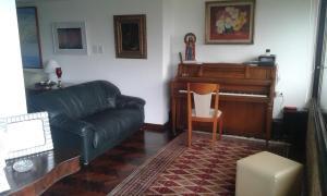 En Alquiler En Caracas - Alto Hatillo Código FLEX: 17-3959 No.7