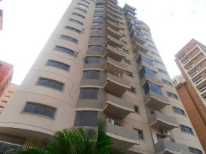 Apartamento En Venta En Maracay, Base Aragua, Venezuela, VE RAH: 17-3965