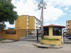 Apartamento En Venta En Valencia, Los Caobos, Venezuela, VE RAH: 17-4252