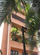 Apartamento En Venta En Caracas, La Florida, Venezuela, VE RAH: 17-4350