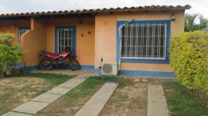 Casa En Venta En Municipio San Diego, Valle De Oro, Venezuela, VE RAH: 17-3776