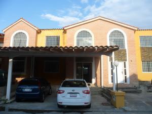 Townhouse En Venta En Municipio San Diego, Monteserino, Venezuela, VE RAH: 17-4010