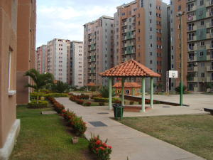 Apartamento En Venta En Municipio San Diego, Montemayor, Venezuela, VE RAH: 17-4032