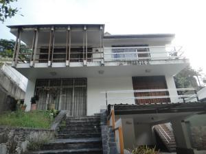Casa En Venta En Caracas, Colinas De Bello Monte, Venezuela, VE RAH: 17-4033