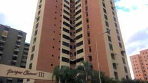 Apartamento En Venta En Maracay, Base Aragua, Venezuela, VE RAH: 17-4037