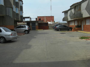 Apartamento En Venta En Ciudad Ojeda, La 'l', Venezuela, VE RAH: 17-4039