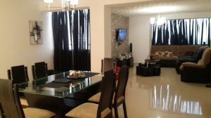 Apartamento En Venta En Ciudad Ojeda, Plaza Alonso, Venezuela, VE RAH: 17-4040