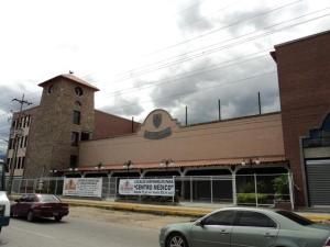 Local Comercial En Alquiler En Guatire, El Castillejo, Venezuela, VE RAH: 17-4049