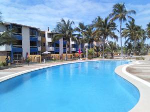 Apartamento En Venta En Cupira, Bosque Mar, Venezuela, VE RAH: 17-4059