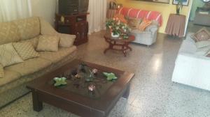 Casa En Venta En Punto Fijo, Punto Fijo, Venezuela, VE RAH: 17-4060