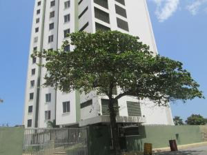 Apartamento En Ventaen La Guaira, Macuto, Venezuela, VE RAH: 17-4075
