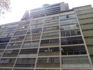 Apartamento En Venta En Caracas, Sabana Grande, Venezuela, VE RAH: 17-4070