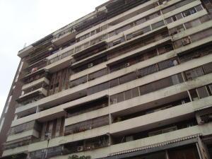 Apartamento En Venta En Caracas, San Bernardino, Venezuela, VE RAH: 17-4141