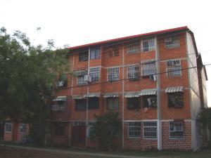 Apartamento En Venta En Maracay, Madre Maria, Venezuela, VE RAH: 17-4083