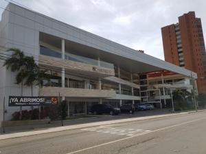 Local Comercial En Alquiler En Maracaibo, Colonia Bella Vista, Venezuela, VE RAH: 17-4089