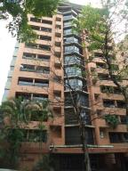 Apartamento En Venta En Caracas, El Rosal, Venezuela, VE RAH: 17-4248