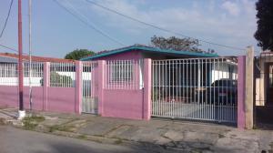 Casa En Venta En Guacara, Ciudad Alianza, Venezuela, VE RAH: 17-4093