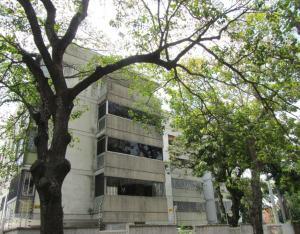 Apartamento En Alquiler En Caracas, La Castellana, Venezuela, VE RAH: 17-4101