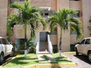 Apartamento En Venta En Higuerote, Carenero, Venezuela, VE RAH: 17-4139