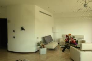 Apartamento En Venta En Caracas - Las Mesetas de Santa Rosa de Lima Código FLEX: 17-4172 No.3