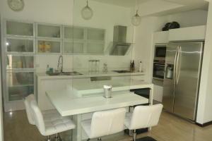 Apartamento En Venta En Caracas - Las Mesetas de Santa Rosa de Lima Código FLEX: 17-4172 No.10