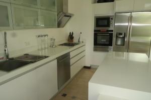 Apartamento En Venta En Caracas - Las Mesetas de Santa Rosa de Lima Código FLEX: 17-4172 No.12