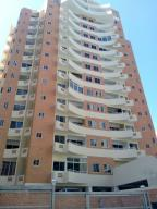 Apartamento En Venta En Valencia, La Trigaleña, Venezuela, VE RAH: 17-4851