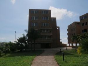 Apartamento En Venta En Caracas, Loma Linda, Venezuela, VE RAH: 17-4549