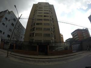 Apartamento En Venta En Caracas, Sabana Grande, Venezuela, VE RAH: 17-4110