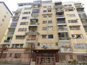 Apartamento En Venta En Caracas, Santa Monica, Venezuela, VE RAH: 17-4118