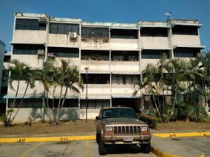 Apartamento En Venta En Municipio San Diego, Yuma, Venezuela, VE RAH: 17-4225