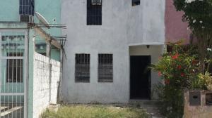 Casa En Venta En Ocumare Del Tuy, Ocumare, Venezuela, VE RAH: 17-4175