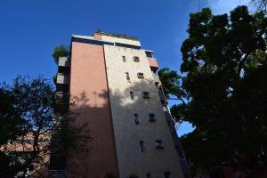 Apartamento En Ventaen Caracas, Campo Alegre, Venezuela, VE RAH: 17-4158
